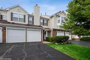 879 Ann Arbor Ln Vernon Hills, IL 60061