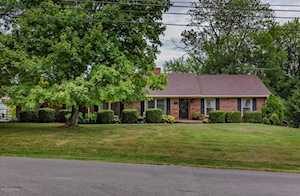221 Old Veechdale Rd Simpsonville, KY 40067