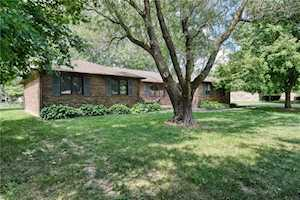 1296 James Drive Avon, IN 46123