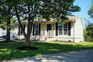 1610 Rhode Ct La Grange, KY 40031