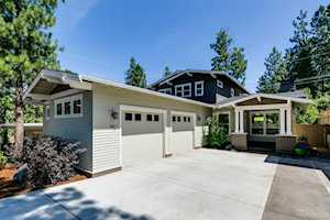1142 18th Street Bend, OR 97703
