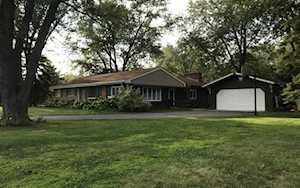 638 67th Place Willowbrook, IL 60527