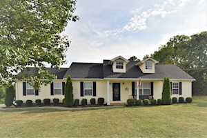 3059 Ashes Creek Ln Bloomfield, KY 40008