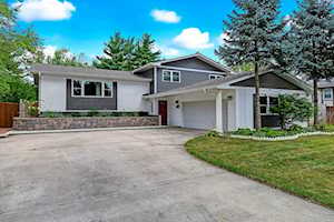 736 72nd St Downers Grove, IL 60516