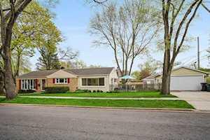 2445 Oak Ave Northbrook, IL 60062