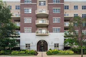 965 Rogers St #307 Downers Grove, IL 60515