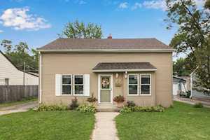 409 S Prairie Ave Mundelein, IL 60060