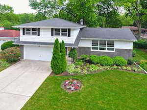 1771 Country Knoll Ln Elgin, IL 60123