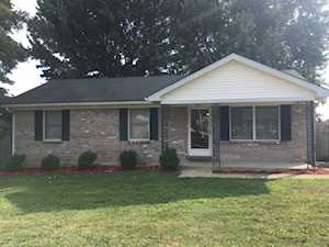 104 Whaley Court Nicholasville, KY 40356
