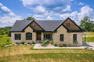 703 Markwell Ln Taylorsville, KY 40071