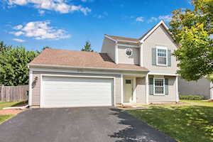 5190 Red Pine Ave Gurnee, IL 60031