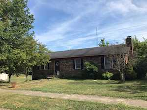 2109 Woodford Drive Richmond, KY 40475
