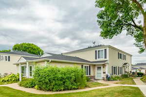 646 E Old Willow Rd #179D Prospect Heights, IL 60070