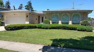 2214 E Michael Manor Ln Arlington Heights, IL 60004