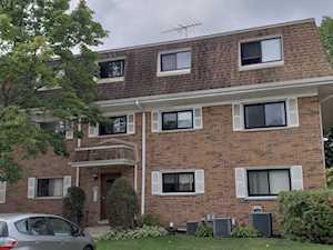 4158 Cove Ln #2E Glenview, IL 60025