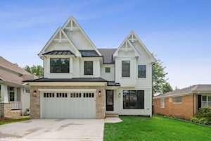 253 N Evergreen Ave Elmhurst, IL 60126