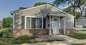 1060 Cove Dr #143A Prospect Heights, IL 60070