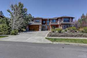 19560 Hollygrape Street Bend, OR 97702