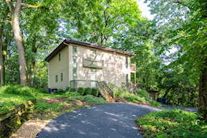 11556 S Highwood Dr Palos Park, IL 60464
