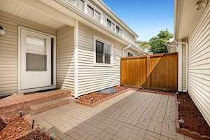 412 Dogwood Terrace Buffalo Grove, IL 60089
