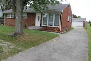 5902 E Manslick Rd Louisville, KY 40219