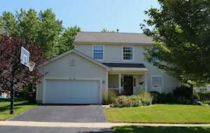 3346 Montgomery Dr Lake In The Hills, IL 60156