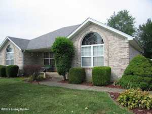 564 Shady Brook Ln Louisville, KY 40229