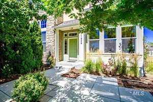 11222 W Knightsbridge Court Boise, ID 83713