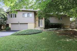 2913 Twin Oaks Dr Highland Park, IL 60035
