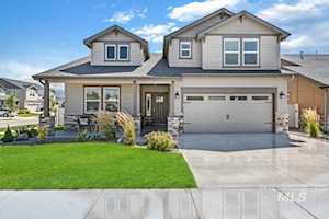 5735 E Bend Ridge Street Boise, ID 83716