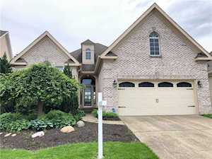 9053 Crystal Lake Drive Indianapolis, IN 46240