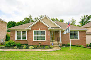 4505 Saratoga Woods Dr Louisville, KY 40299