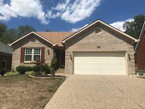 509 Auburn Oaks Dr Louisville, KY 40214
