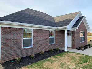 8702 Temperate Ct Louisville, KY 40229