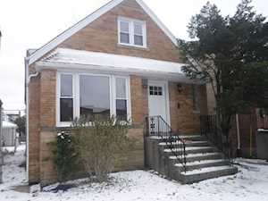 5819 W Eastwood Ave Chicago, IL 60630