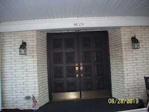 4825 Sherburn Ln #107 Louisville, KY 40207