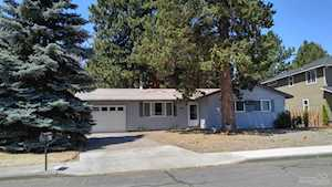 835 6th Street Bend, OR 97702