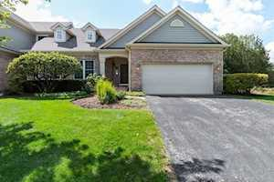 3941 Willow View Dr Lake In The Hills, IL 60156