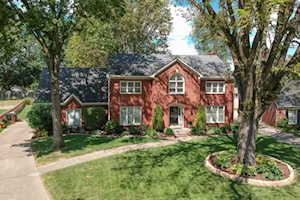 9103 Holly Springs Ct Louisville, KY 40242