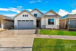 12102 S Aves Place Nampa, ID 83686