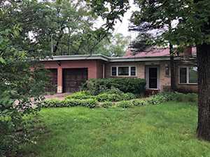 384 Ridge Rd Highland Park, IL 60035
