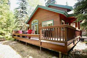 935 Cottage Court #18 Mccall, ID 83638