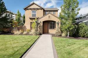 61567 Odell Lake Drive Bend, OR 97702