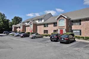 2726 Hollywood Terrace #101 Louisville, KY 40206
