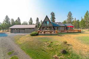 17365 Wells Road Bend, OR 97707