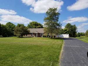 1922 S County Road 450 Avon, IN 46123