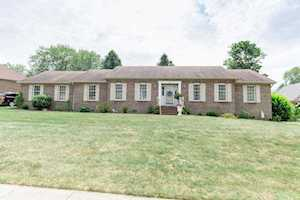 304 Hawthorne Drive Nicholasville, KY 40356