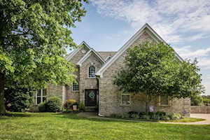 5509 Valley Park Dr Louisville, KY 40299