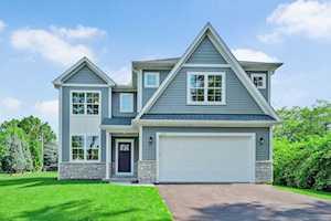 125 Village Rd Willowbrook, IL 60527