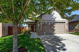 10272 W Kingsbriar Drive Boise, ID 83709